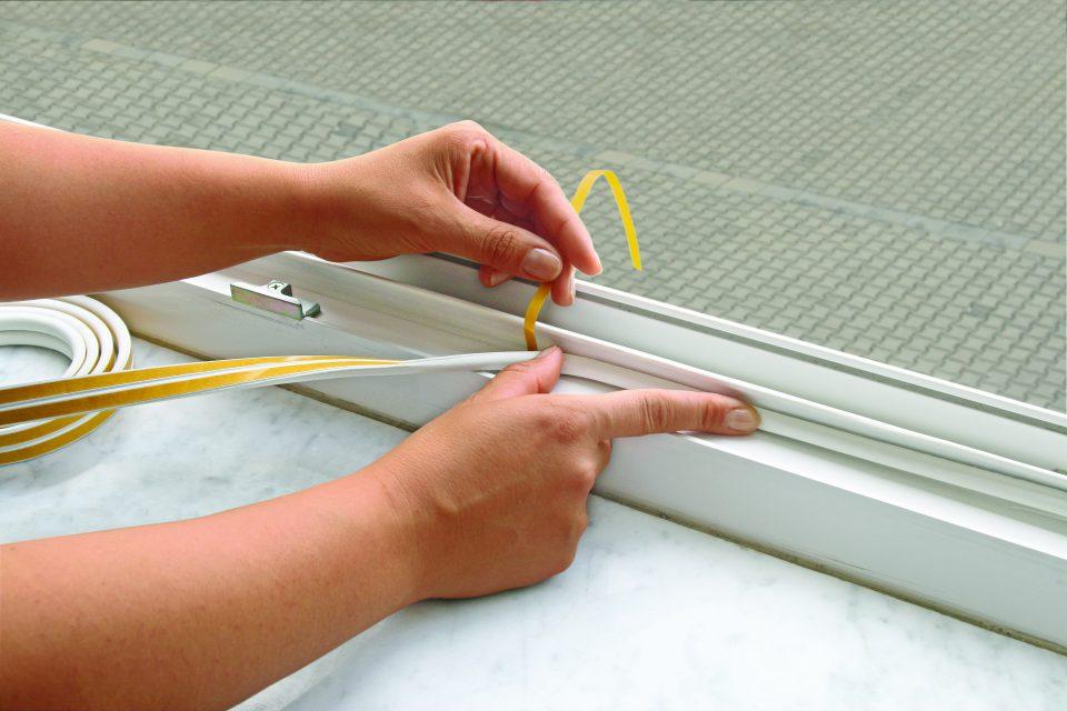 fix-o-moll Fensterdichtung kleben